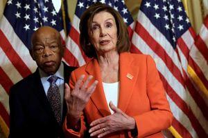 Hạ viện Mỹ thông qua gói hỗ trợ khẩn cấp 4,5 tỷ USD