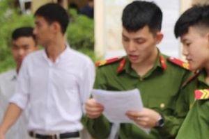Thân thương những sĩ tử mặc quân phục