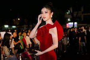 'Vũ khí chết người' giúp mỹ nhân Việt nổi bần bật trên thảm đỏ