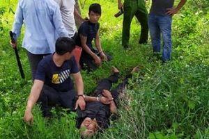 Bị vây bắt, nghi phạm buôn ma túy dùng kiếm chống trả cảnh sát