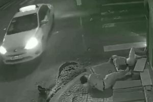 Vụ tài xế taxi Vinasun đâm 2 người thương vong rồi bỏ trốn: Đại diện hãng xe nói gì?