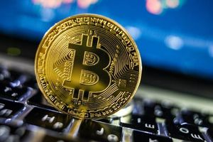 Giảm 1.800 USD trong 10 phút, bitcoin lại hát điệp khúc tăng nhanh, giảm mạnh