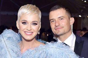 'Cướp biển' Orlando Bloom sắp cưới bạn gái gợi cảm Katy Perry