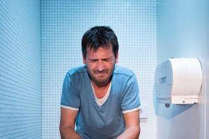 Những sai lầm thường mắc phải khi đi vệ sinh làm tăng nguy cơ đột tử