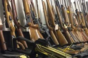 Triệt phá đường dây buôn lậu vũ khí xuyên quốc gia