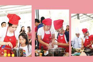 Gian bếp cung cấp nhiều kỹ năng sống cho trẻ