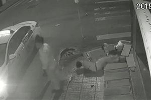 Phẫn nộ tài xế Vinasun bỏ mặc nạn nhân quằn quại sau tai nạn giao thông