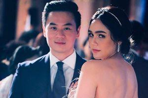 Chồng tỷ phú gửi lời yêu thương đến nữ hoàng gợi cảm Thái Lan