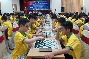 1200 kỳ thủ dự Giải vô địch Cờ vua trẻ toàn quốc - Cúp Vietcombank