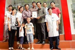 Kỷ niệm Ngày Gia đình Việt Nam: Cả gia đình đi hiến máu