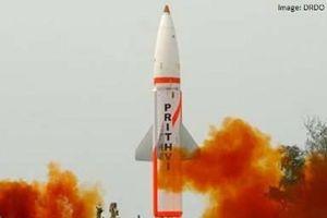 Ấn Độ phóng thử tên lửa Prithvi-II