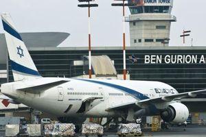 Hàng loạt máy bay hạ cánh xuống Israel bị nhiễu tín hiệu GPS