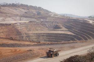 Sập hầm mỏ, 41 thợ khai thác trái phép mất mạng