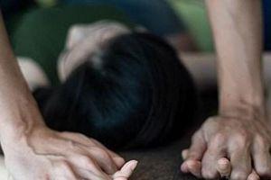 Gã thợ xây hiếp dâm em gái bị tâm thần của chủ nhà đến có thai