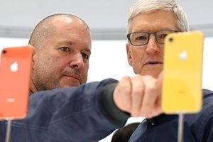'Phù thủy' Jony Ive tuyên bố rời khỏi Apple