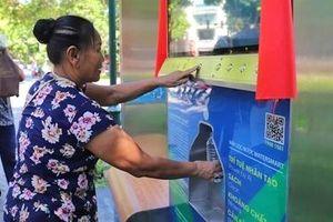 Người Hà Nội hào hứng trải nghiệm máy nước lọc thông minh