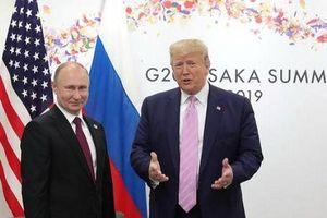 Tổng thống Donald Trump đề nghị ông Putin ngừng can thiệp bầu cử Mỹ