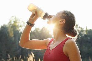 Những loại nước uống giải nhiệt tốt nhất ngày nắng nóng