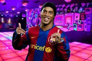 Ronaldinho đòi điều khoản 'đi bar 2 lần mỗi tuần' để gia nhập Flamengo