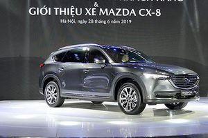 Cận cảnh Mazda CX-8 mới hơn 1 tỷ đồng tại Hà Nội