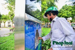 Người dân hào hứng trải nghiệm cây lọc nước trí tuệ nhân tạo đầu tiên tại Hà Nội