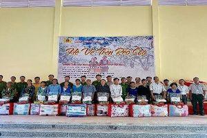 Công an tỉnh Lào Cai tổ chức chương trình thiện nguyện Hè về trên rẻo cao tại xã Nậm Chày