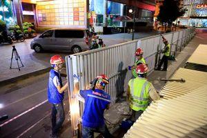 Trắng đêm bắn tôn rào đường Trần Hưng Đạo phục vụ thi công nhà ga ngầm