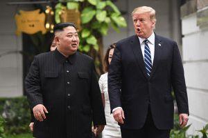 Tổng thống Trump hẹn gặp Chủ tịch Kim tại DMZ