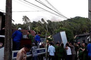 Hà Tĩnh: Gần trăm hộ dân phải di dời khẩn cấp do đám cháy tiếp tục bùng phát