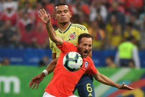 2 lần bị VAR từ chối bàn thắng, Chile vẫn đánh bại Colombia