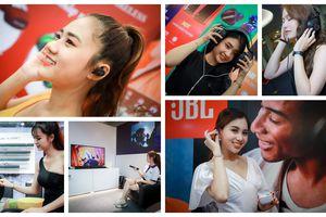 Headphile Show 2019: tai nghe, thiết bị di động và bóng hồng