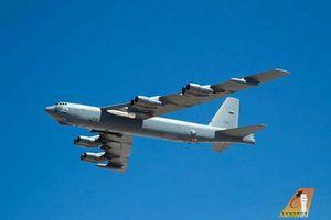 B-52 xuất hiện kèm vũ khí siêu thanh AGM-183A: Nga 'phát hoảng'