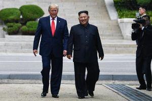 Dư luận về cuộc gặp 'tưởng chừng như không thể' giữa Trump và Kim