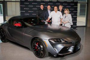 Đại gia chơi trội, chi 2,1 triệu USD mua ôtô giá 50.000 USD