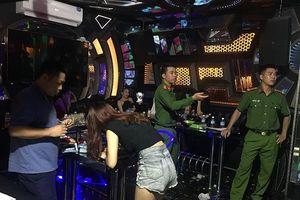 32 thanh niên dùng ma túy trong phòng VIP quán karaoke