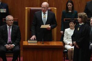 Toàn quyền thứ 27 của Australia tuyên thệ nhậm chức