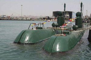 Dàn tàu ngầm 'bỏ túi' của Iran phải làm sao để săn được tàu Mỹ?