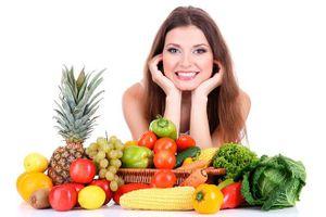 Bật mí 7 loại thực phẩm giúp giảm mụn trứng cá mùa nắng nóng
