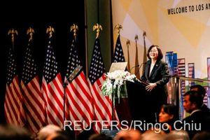 Bà Thái Anh Văn tính dừng chân tại Mỹ 4 đêm, Trung Quốc lên tiếng phản đối