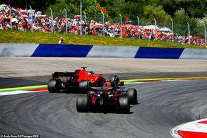 Đua xe F1 Austrian GP: Thoát tội hất đối thủ khỏi đường đua, Verstappen chiến thắng nghẹt thở