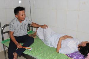 Công an điều tra vụ bé sơ sinh bị bác sĩ kéo đứt cổ