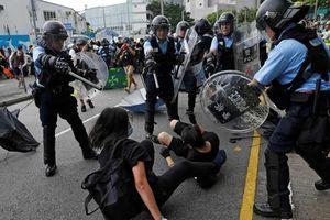 Căng thẳng lại leo thang ở Hồng Kông