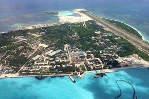 Trung Quốc thông báo tập trận trên biển Đông, có thể vừa thử tên lửa