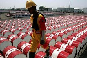 Giá xăng dầu hôm nay 2/7 đồng loạt giảm mạnh