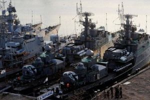 Lo điều bất thường, Nga cử lực lượng giám sát tập trận của NATO