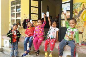 Niềm vui đến với trẻ khuyết tật tỉnh Cao Bằng
