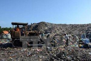 Hà Nội: Chi trả tiền bồi thường, giải phóng mặt bằng bãi rác Nam Sơn