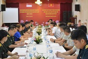 Sĩ quan trẻ Việt Nam - Singapore chia sẻ khát vọng hòa bình