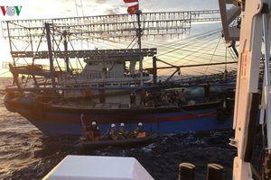 Tạm dừng tìm kiếm 9 ngư dân mất tích trên biển Bạch Long Vĩ