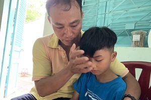 Vụ người cha ở Sài Gòn tìm lại được con trai 8 tuổi: 'Bé sẽ ở lại Trung tâm để học tiếp, vì tôi sợ lạc con lần nữa'